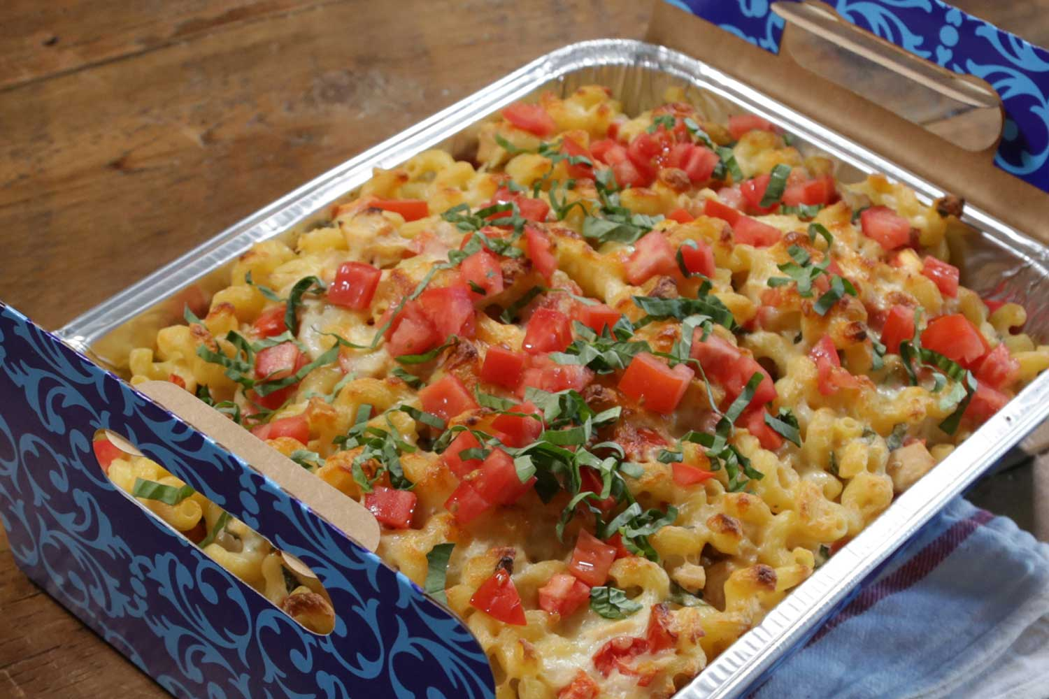Tomato Basil Macaroni and Cheese
